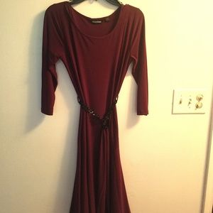 Nina Leonard Burgundy M Dress